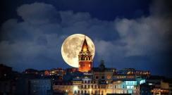 21. Yüzyıl'ın en büyük Süper Ay'ı geliyor