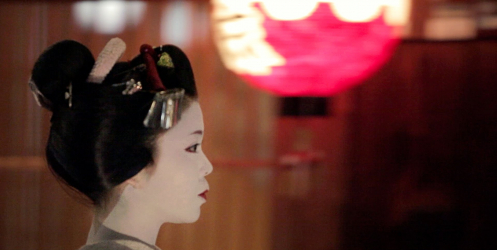 Gelenek ve Modernite'nin Harmanlandığı Ülke: Japonya