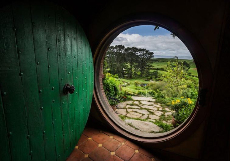 Hayallerimizi Süsleyen Hobbit Köyünden Muhteşem 15 Kare