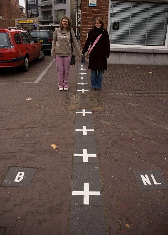 Dünyanın En Şaşırtıcı Sınırları; Hollanda-Belçika Sınırı